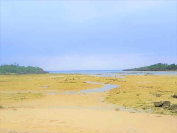水納島の「名もなきビーチ」