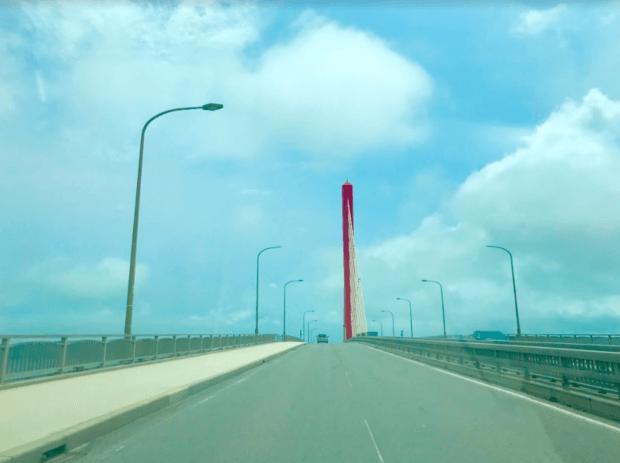沖縄の海中道路ってどんなところ?