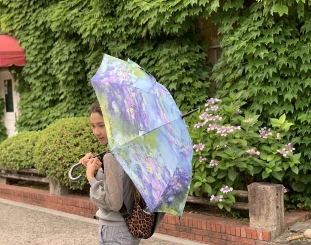 沖縄の梅雨時期のファッション