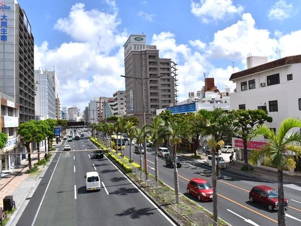 沖縄の電車ゆいレールの魅力