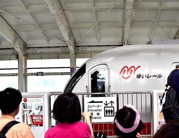 沖縄の電車ゆいレールの特徴