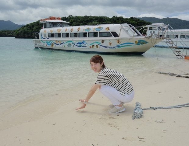 マリンスポーツのベストシーズン@沖縄には「グラスボート」
