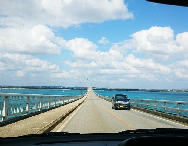 沖縄 レンタカー 注意点